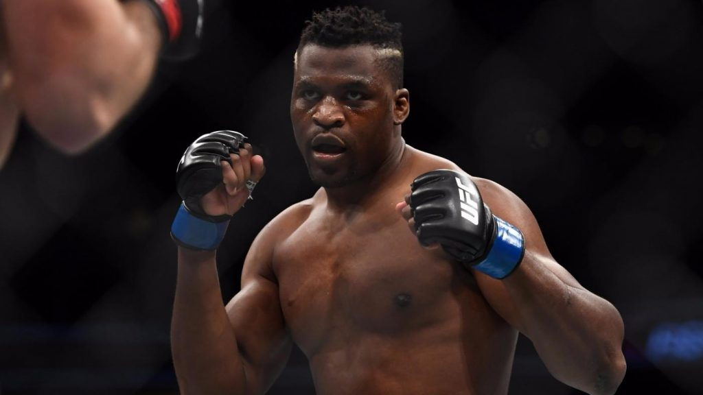 Le combat de Francis Ngannou contre Junior Dos Santos annulé!