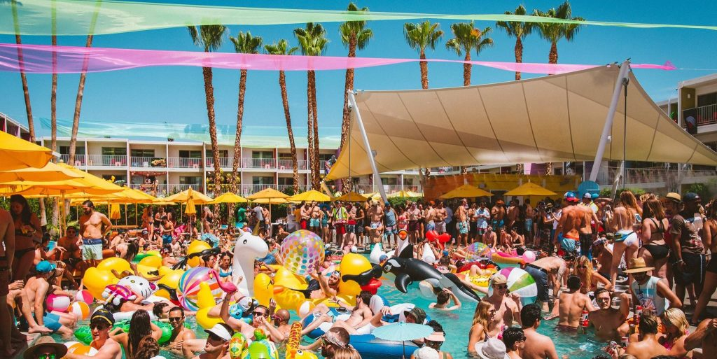 Le Splash House Festival : La plus grosse swimming pool party des US