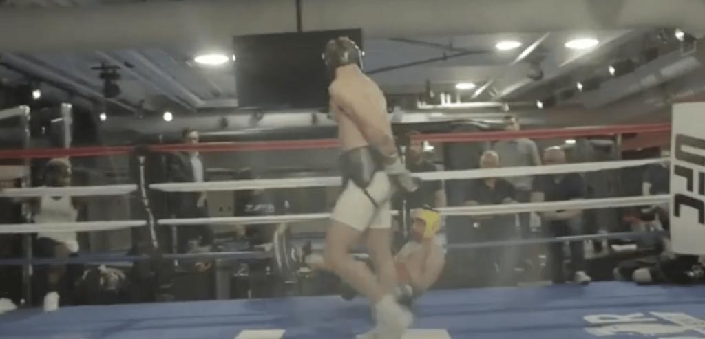 La vidéo du knockdown de Conor McGregor sur Paulie Malignaggi