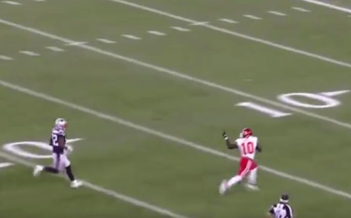 Le touchdown de 75 yards de Tyreek Hill face aux Patriots