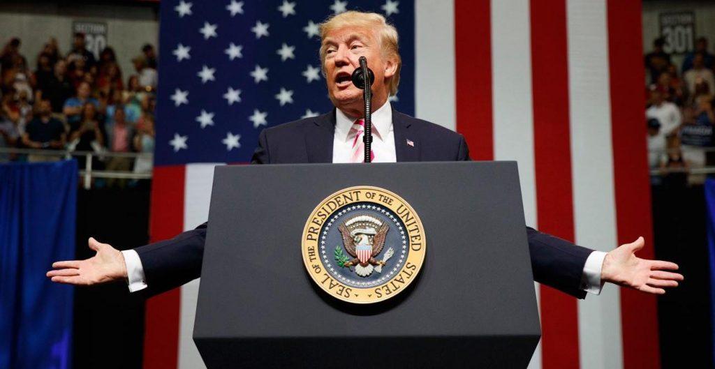 Pour Donald Trump, les «fils de ****» qui protestent l'hymne devraient être virés