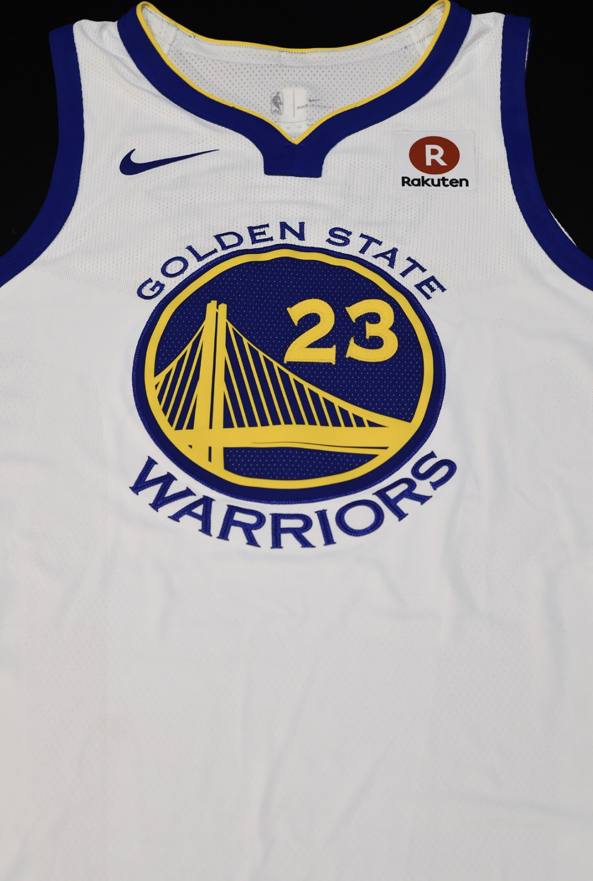 Rakuten devient le sponsor maillot des Golden State Warriors