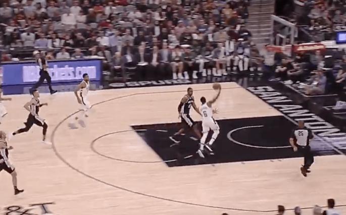 Spurs Bucks Giannis Antetokounmpo Eric Bledsoe