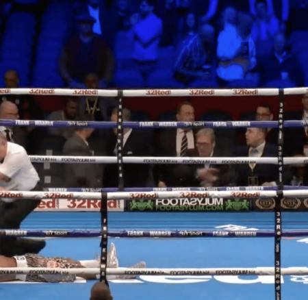 Zolani Tete a réussi le KO le plus rapide de l'histoire de title-fights