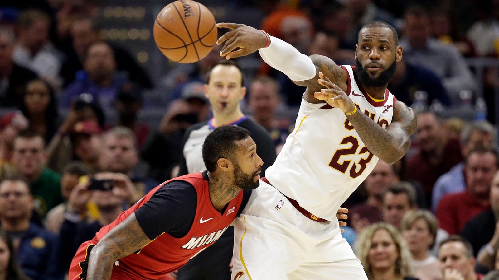 Fin de série pour Cleveland, Golden State enchaîne — NBA