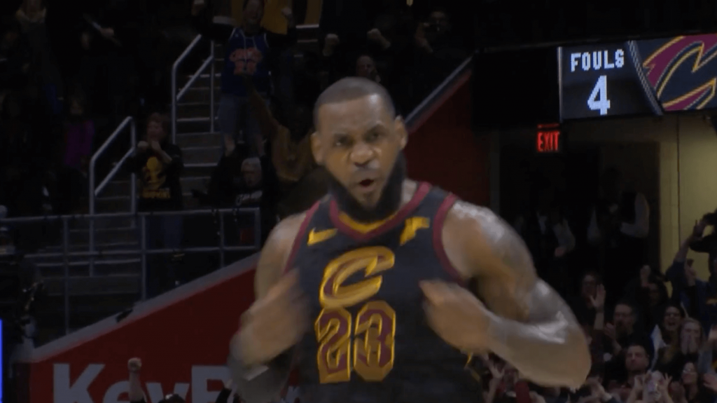 trois points trashtalk LeBron James 15s buzzer