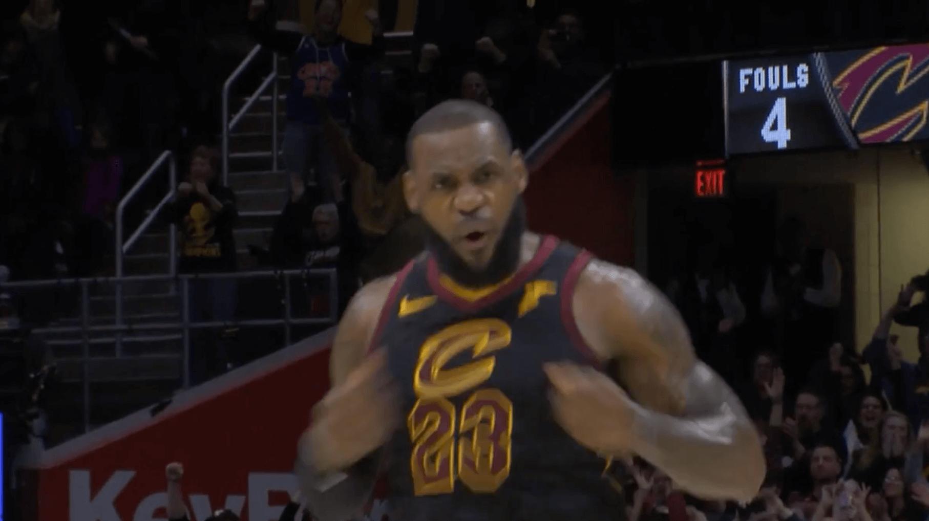 trois points trashtalk LeBron James 15s buzzer