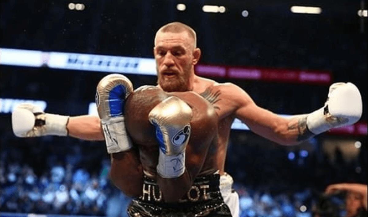 Conor McGregor souhaite une bonne retraite à Floyd Mayweather
