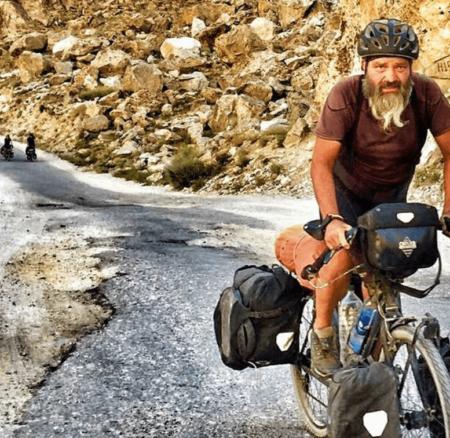 Le père de Mischa Gasser a fait Suisse-Corée du Sud à vélo pour le voir aux JO