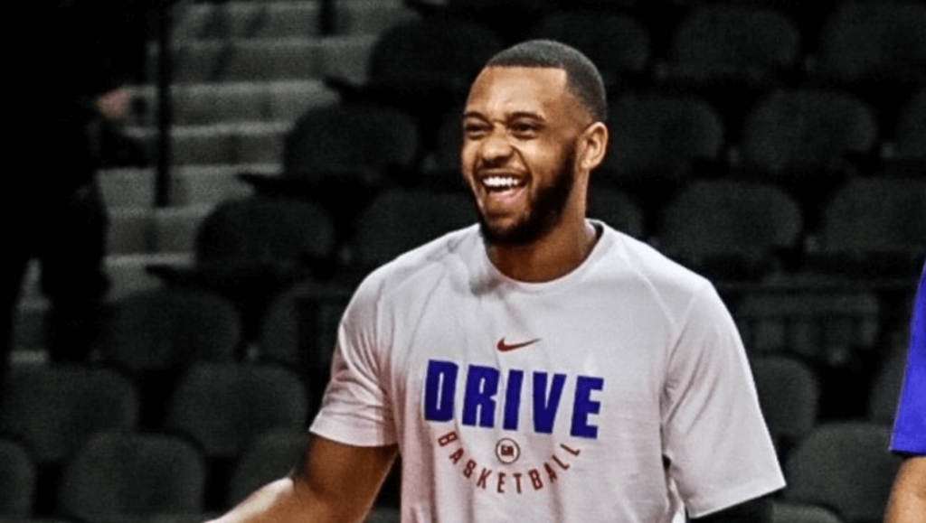 G-League Zeke Upshaw