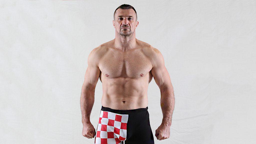 Mirko Cro Cop fait son grand retour, signe au Bellator