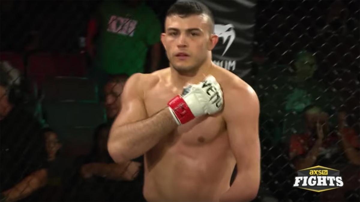 Nick Powell, une seule main et aux portes de l'UFC