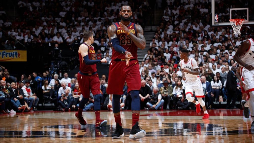 Lebron James Cavaliers Raptors Game Intouchable
