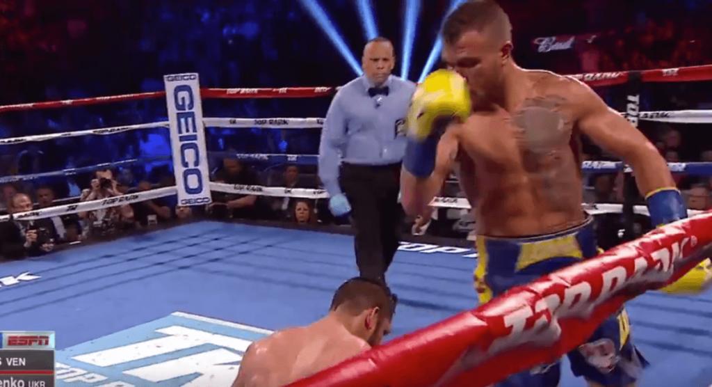 Vasyl Lomachenko s'impose par TKO pour rentrer dans l'histoire