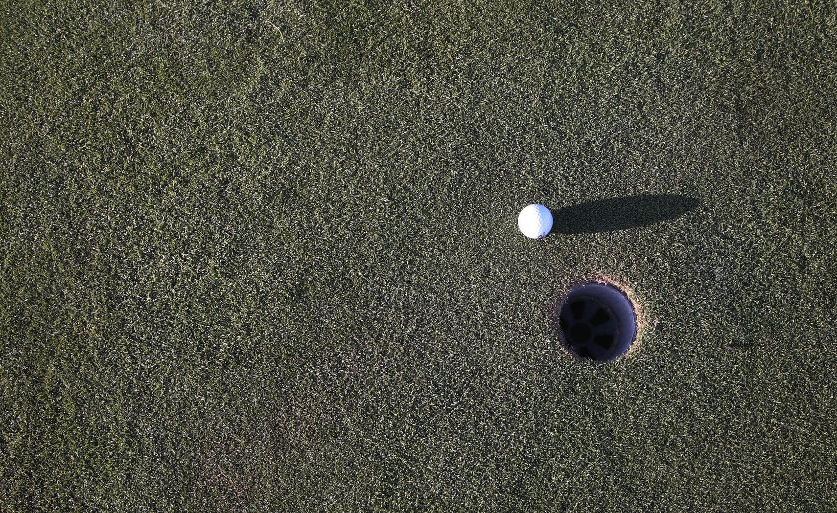 Un green de golf à domicile? Le rêve à portée de swing !