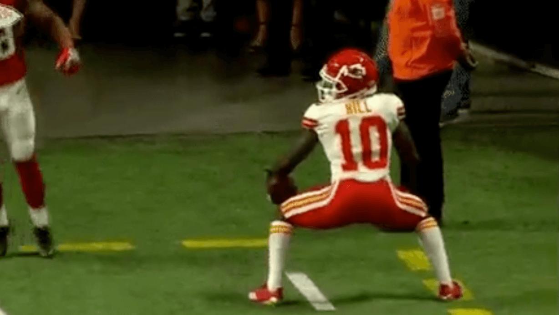 Après un touchdown de 69 yards, Tyreek Hill s'offre le twerk