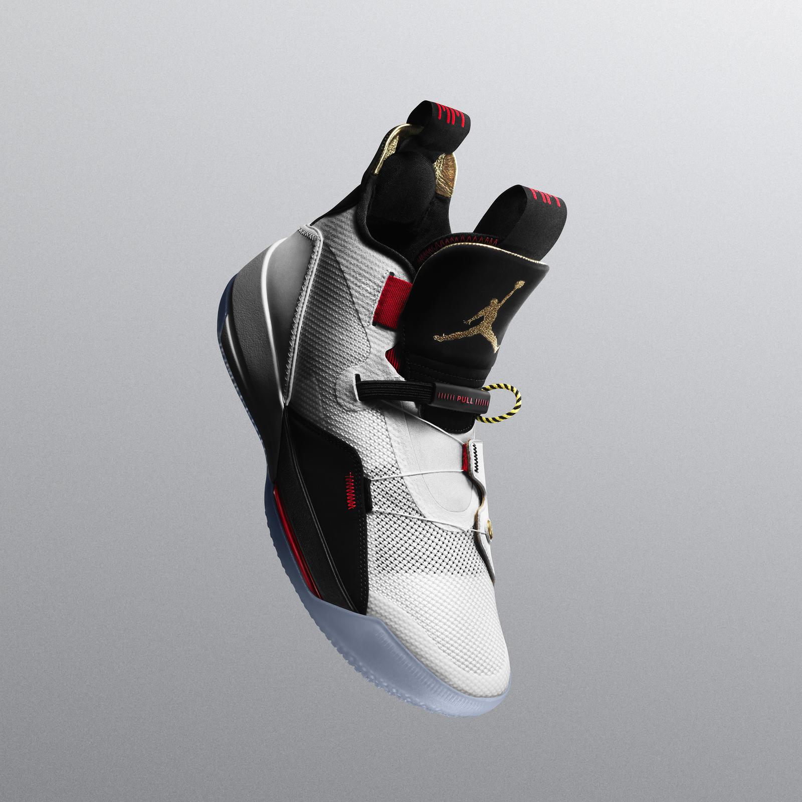 L'Air Jordan XXXIII Enfin Dévoilée, Adieu Les Lacets