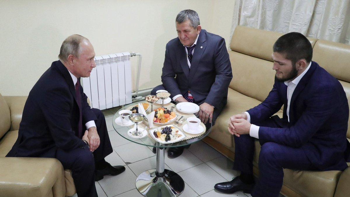 Vladimir Poutine Khabib Nurmagomedov Abdumanap
