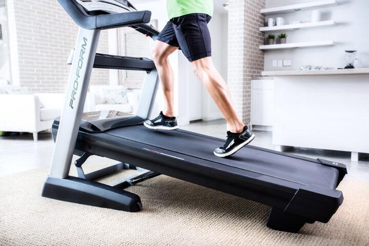 7 conseils pour optimiser votre entraînement sur un tapis de course