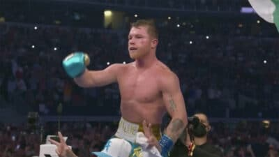 Canelo Alvarez Billy Joe Saunders TKO
