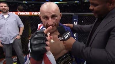 Alexander Volkanovski UFC 266 Conor McGregor