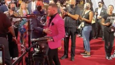 Conor McGregor Machine Gun Kelly MTV Awards