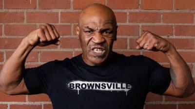 Mike Tyson vs Logan Paul